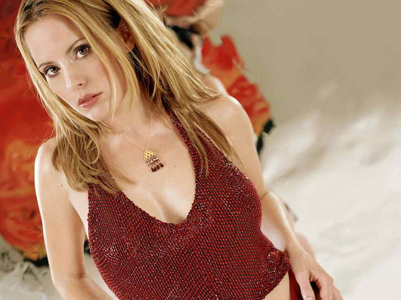 Emma Caulfield Height And Weight Celebrity Weight Page 3
