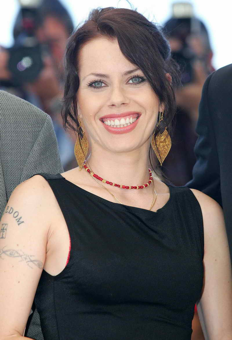 Fairuza Balk Height and Weight   Celebrity Weight   Page 3