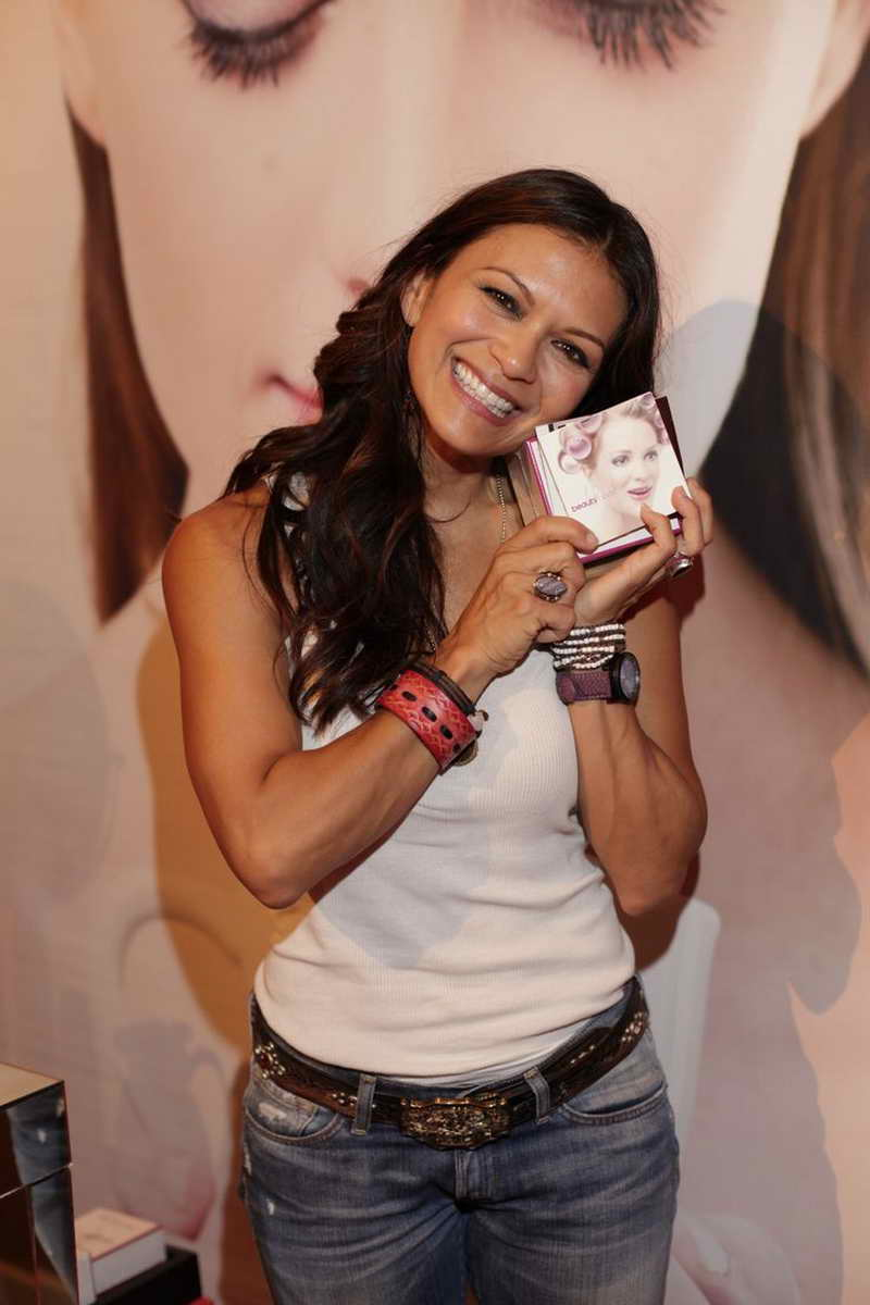 Nia Peeples Height And Weight Part 3