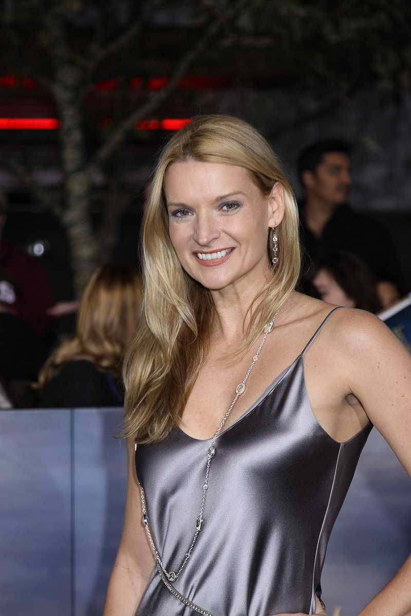 Andrea Powell Height and Weight-1