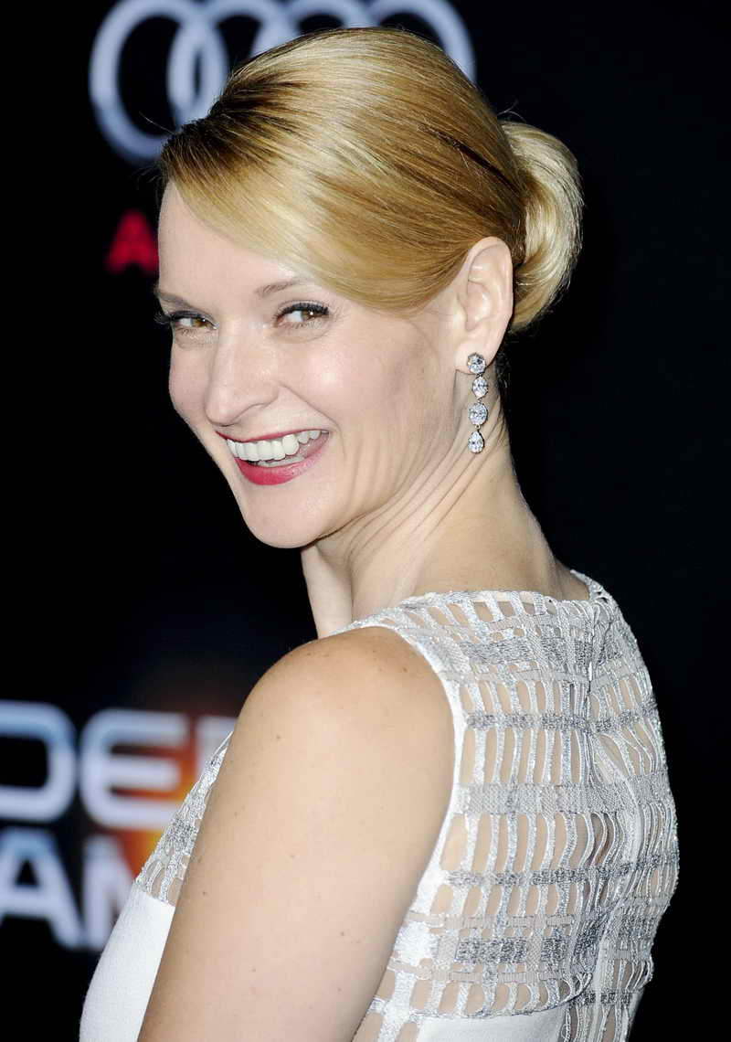 Andrea Powell Height and Weight-2