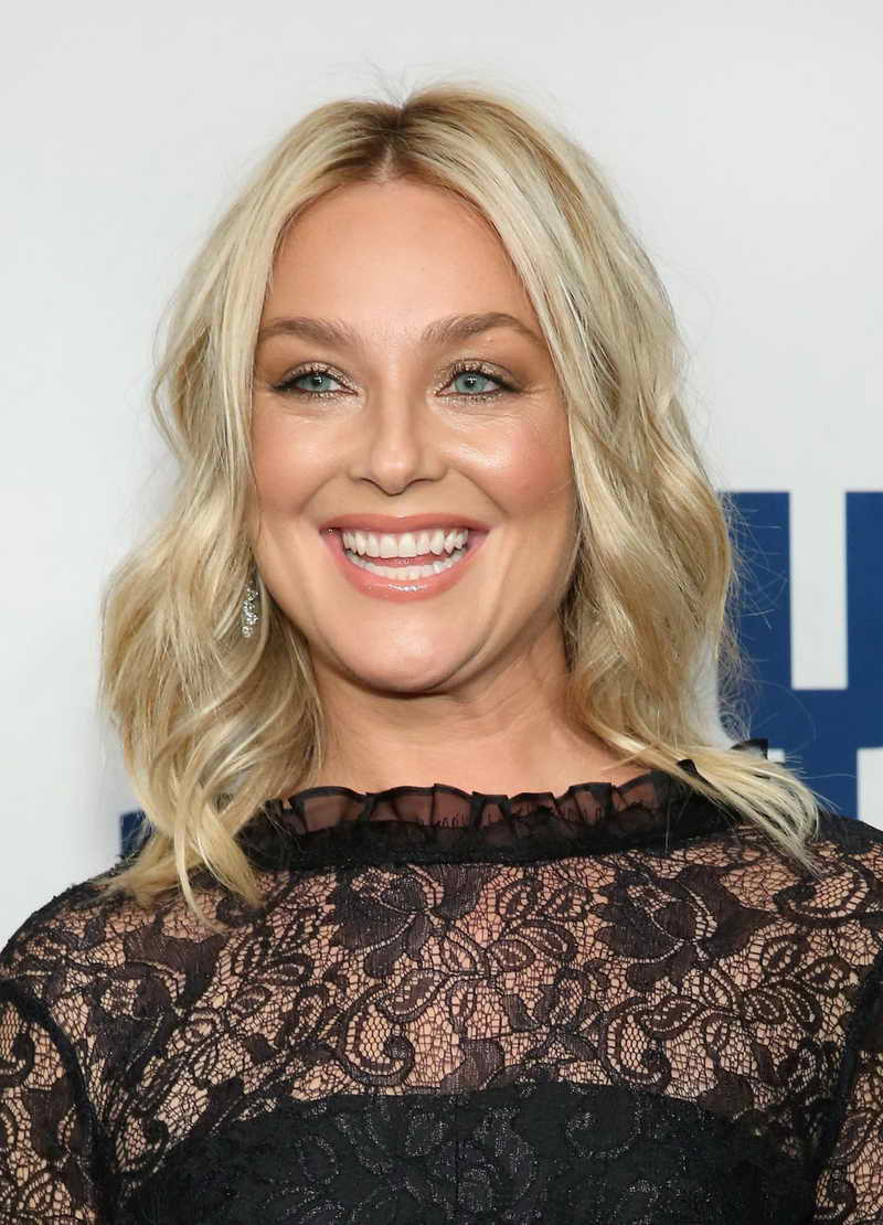 Elisabeth Rohm Height and Weight-3