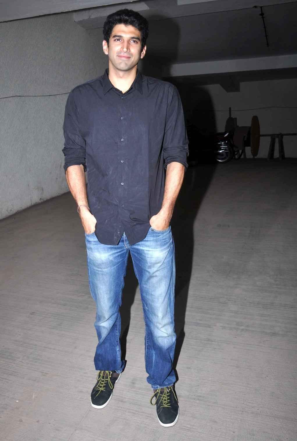 Aditya Roy Kapur Workout and Diet