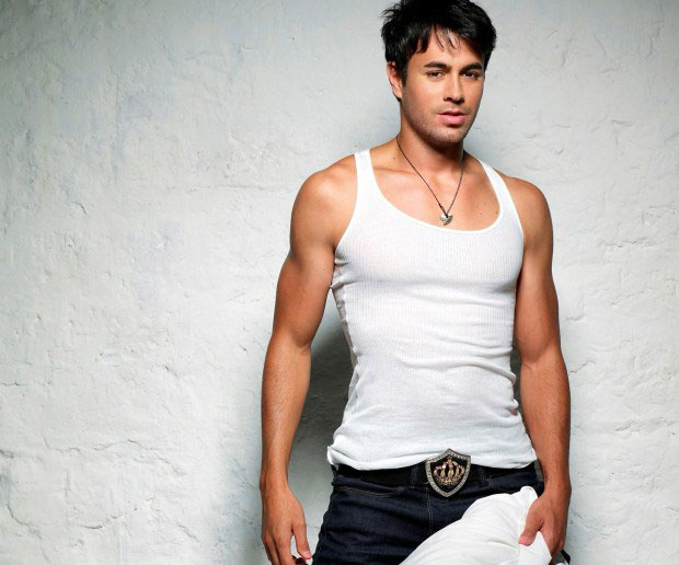 Enrique Iglesias Height and Weight