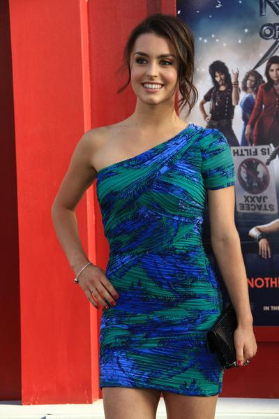 Kathryn McCormick Height and Weight | Celebrity Weight